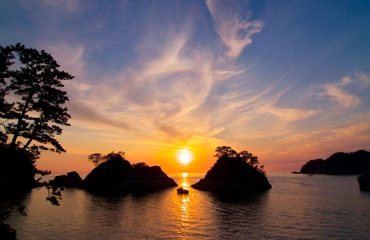 堂ヶ島と夕陽