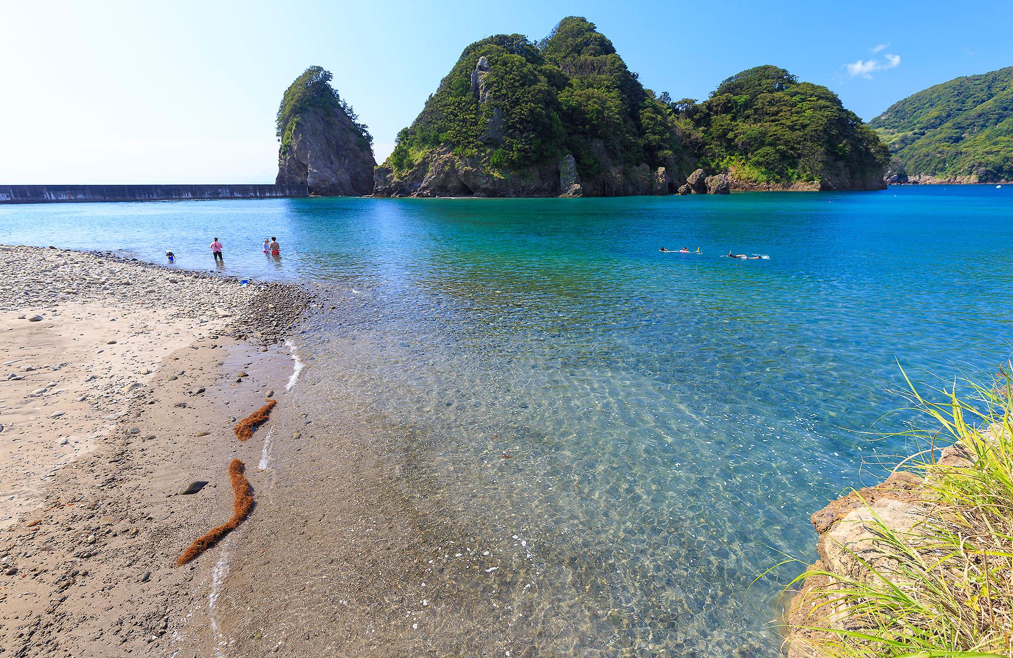 田子瀬浜海水浴場 | 伊豆西南海岸-西伊豆町・松崎町・南伊豆町-